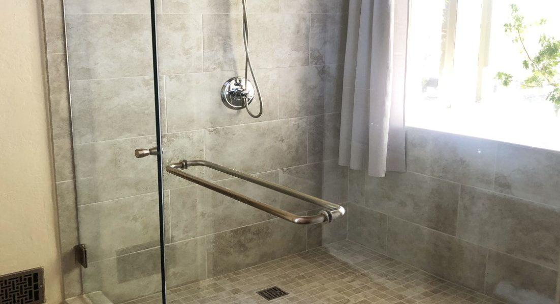 bathroom-third-floor
