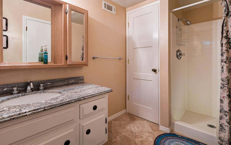 27566-west-shore-bathroom