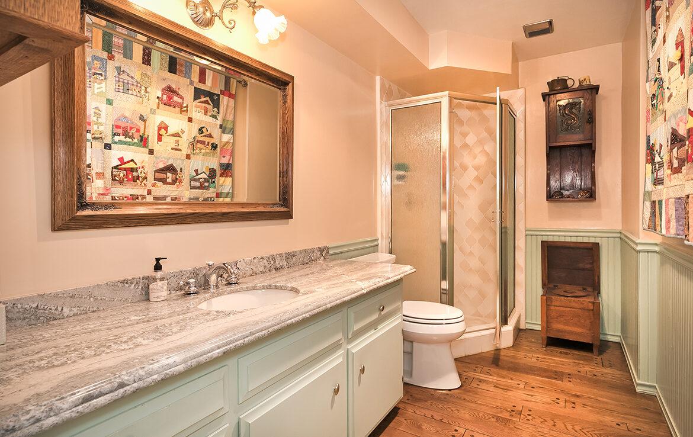 27566-west-shore-bathroom4
