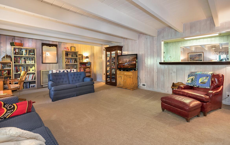 27566-west-shore-familyroom