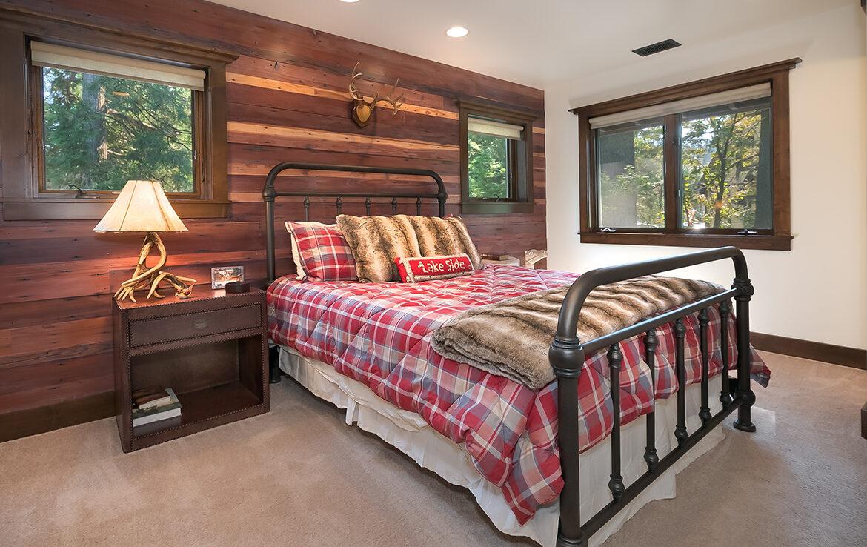 29130-bald-eagle-bedroom1
