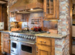 29130-bald-eagle-kitchen