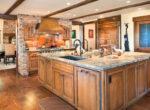 29130-bald-eagle-kitchen2