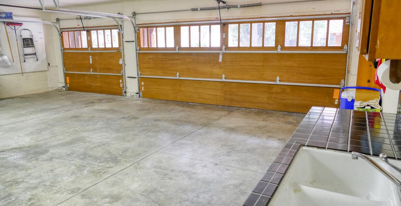 29130-bald-eagle-garage