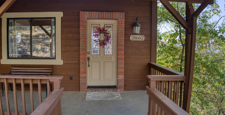 28662-zion-frontdoor