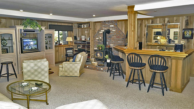 472-cedar-ridge-famroomr