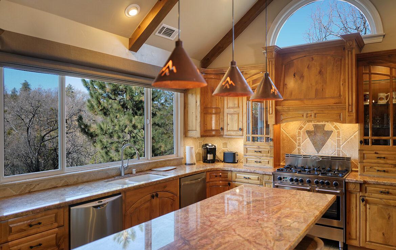28571-manitoba-kitchen
