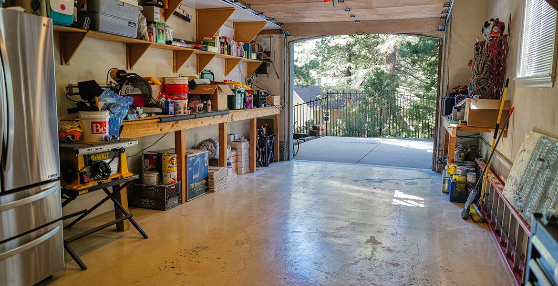 213fairway-garage1