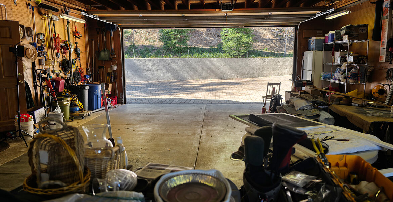 21775vista-garage