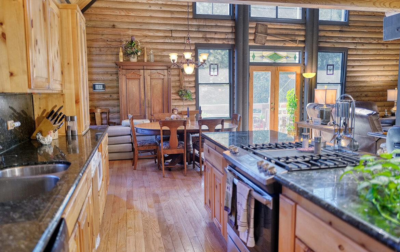 21775vista-kitchen