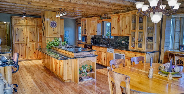 21775vista-kitchen2