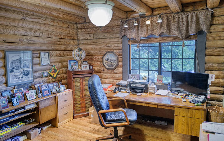 21775vista-office