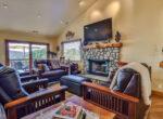 825-madera-livingroom
