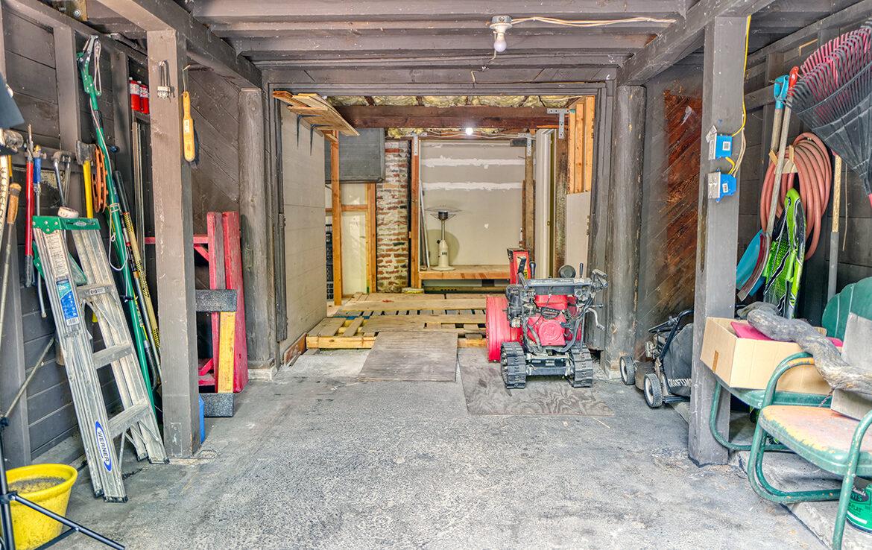27090-st-hwy-189-garage