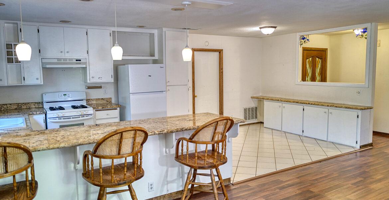 24716-finhaut-kitchenbar